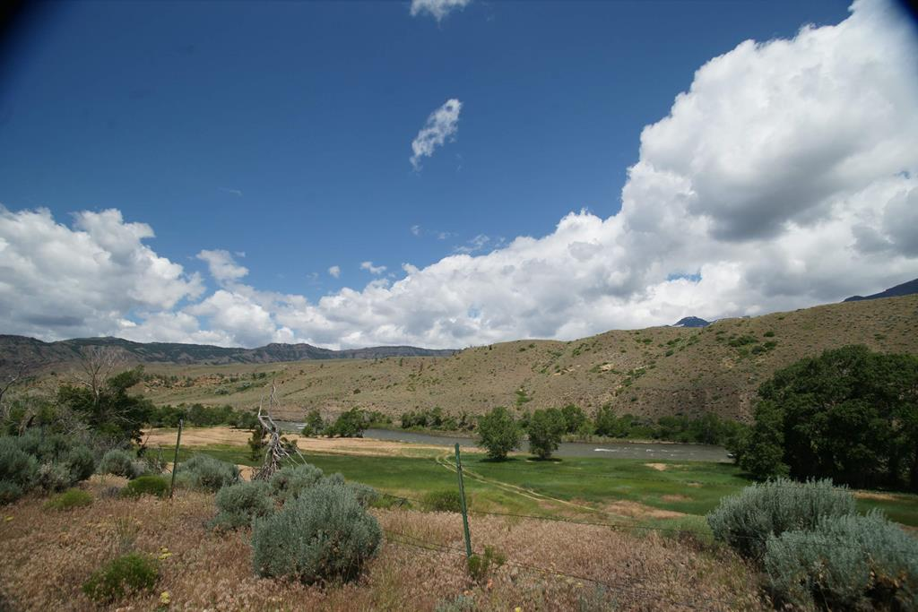 10014708 Wapiti, WY - Wyoming property for sale
