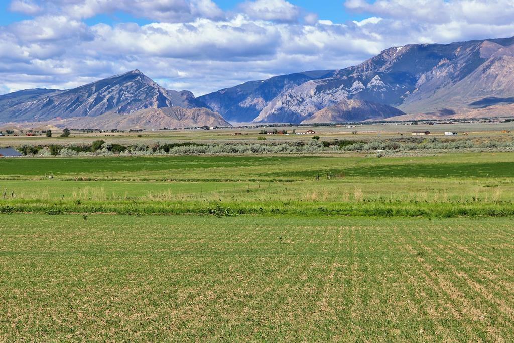 10016099 Clark, WY - Wyoming property for sale