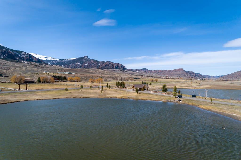10016798 Wapiti, WY - Wyoming property for sale