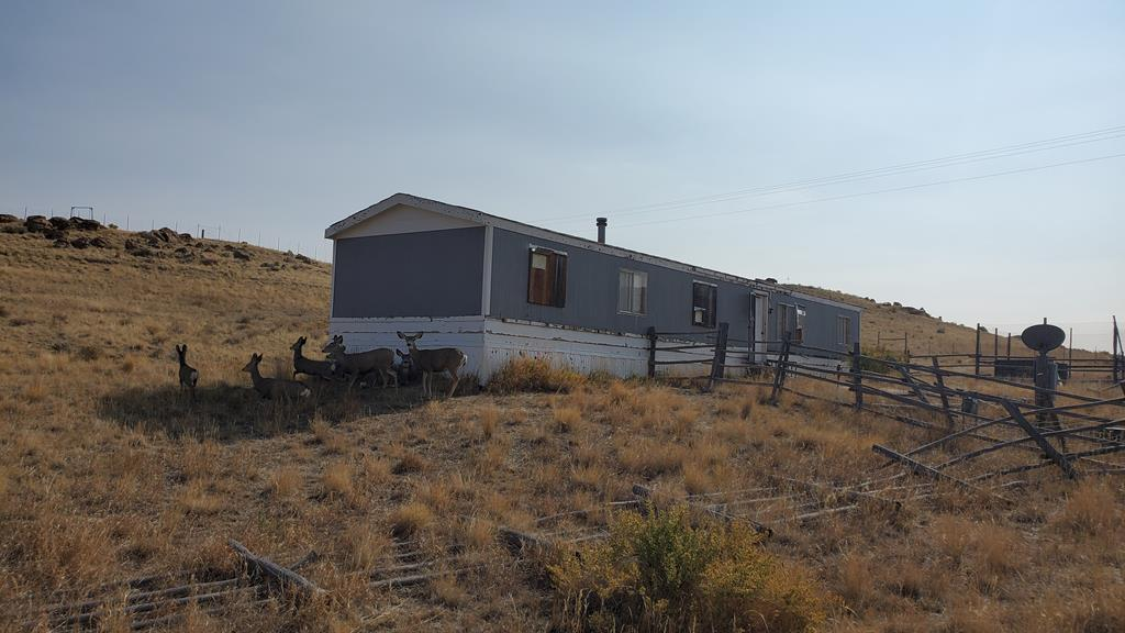 10017434 Meeteetse, WY - Wyoming property for sale