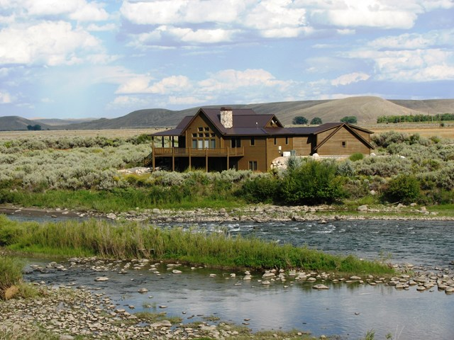 10012943 Clark, WY - Wyoming property for sale
