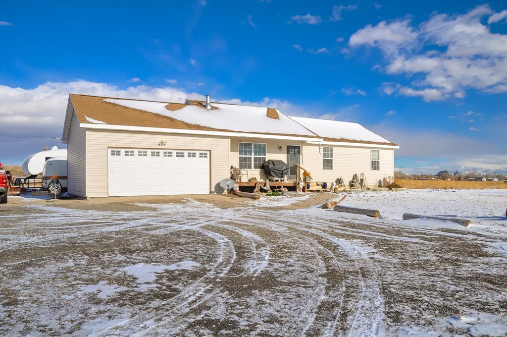 10013973 Powell, WY - Wyoming property for sale