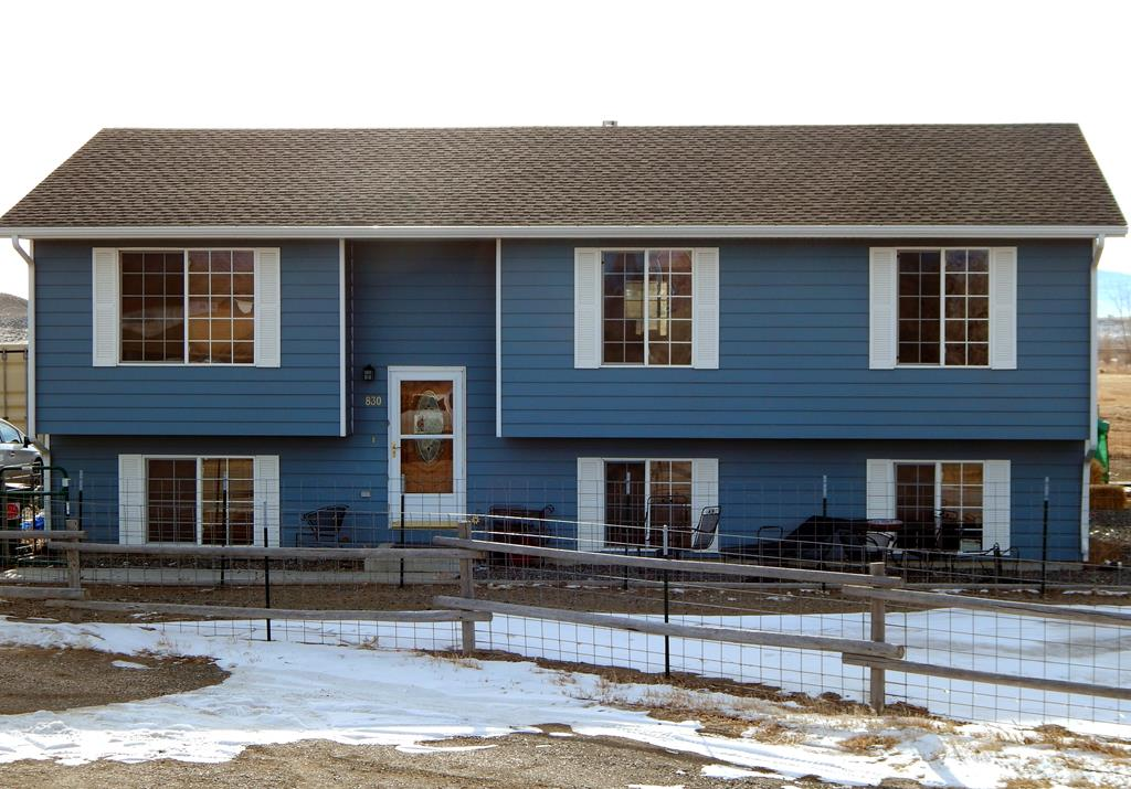 10014078 Powell, WY - Wyoming property for sale