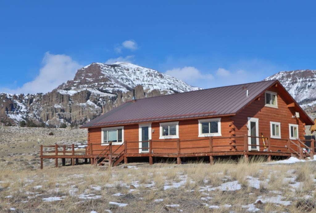 10014188 Cody, WY - Wyoming property for sale
