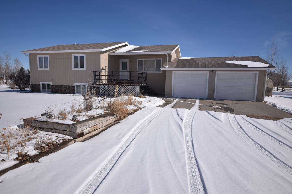 10014198 Powell, WY - Wyoming property for sale