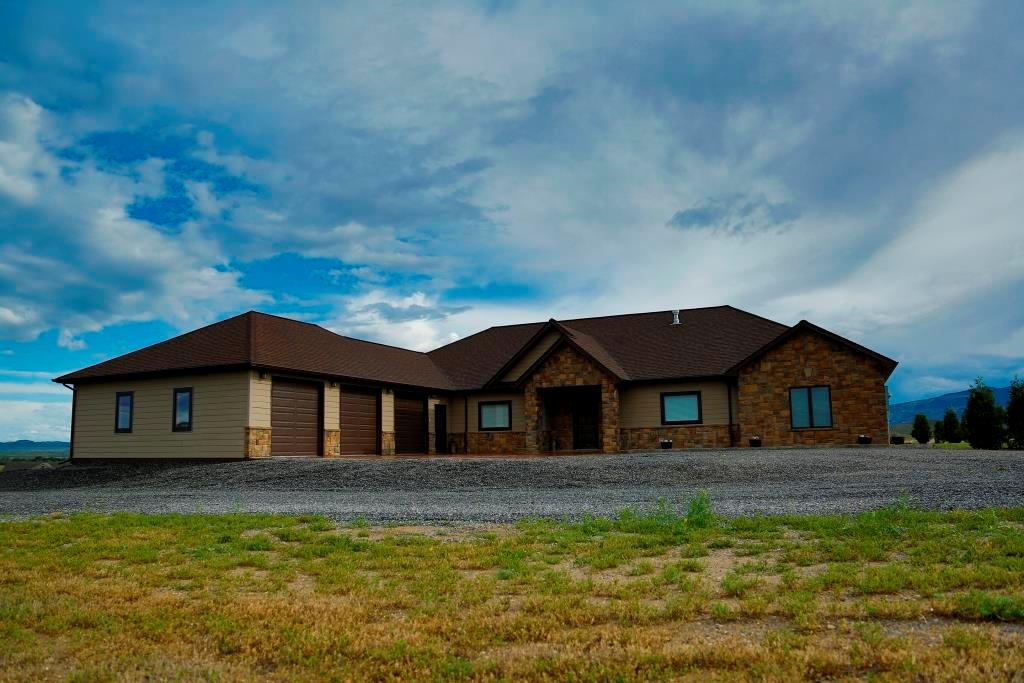 10014253 Cody, WY - Wyoming property for sale
