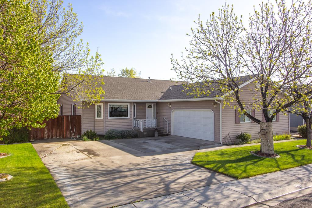 10014427 Powell, WY - Wyoming property for sale