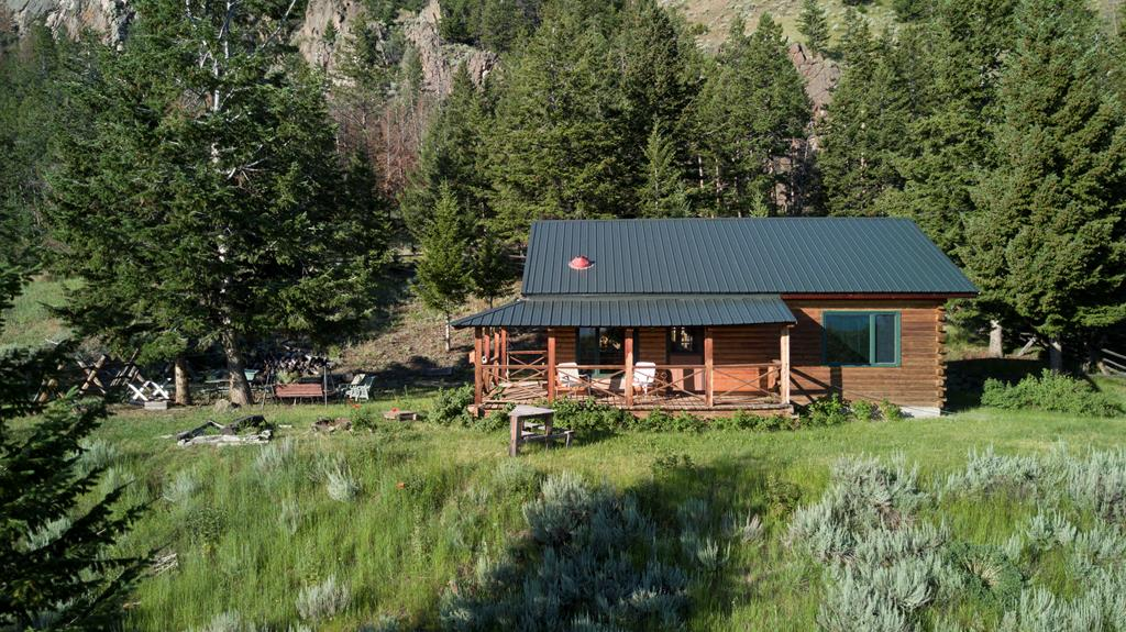 10014442 Cody, WY - Wyoming property for sale