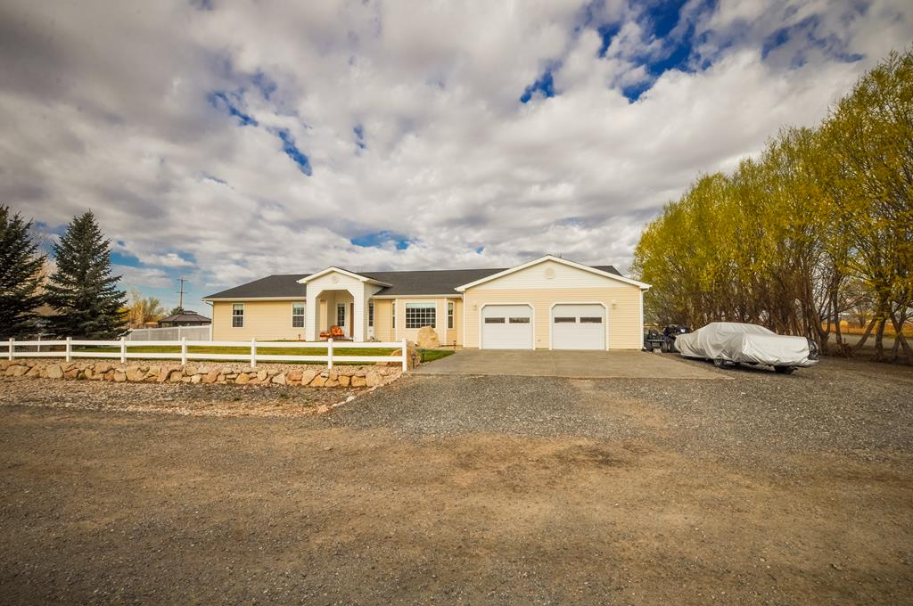 10014443 Powell, WY - Wyoming property for sale