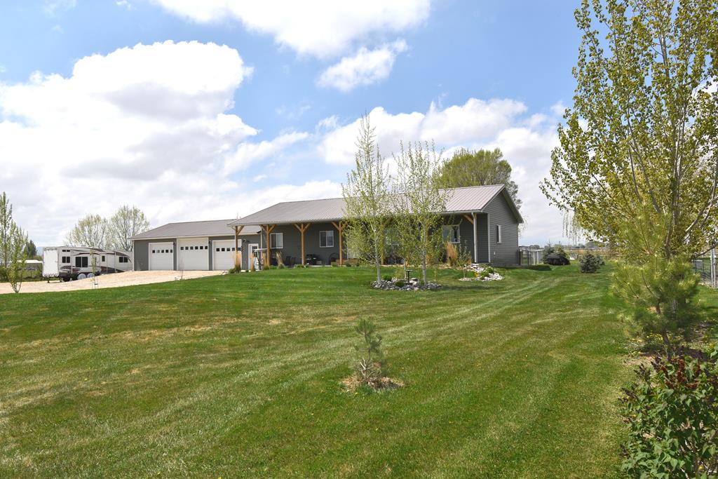 10014447 Powell, WY - Wyoming property for sale