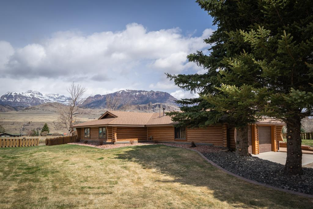 10014466 Cody, WY - Wyoming property for sale