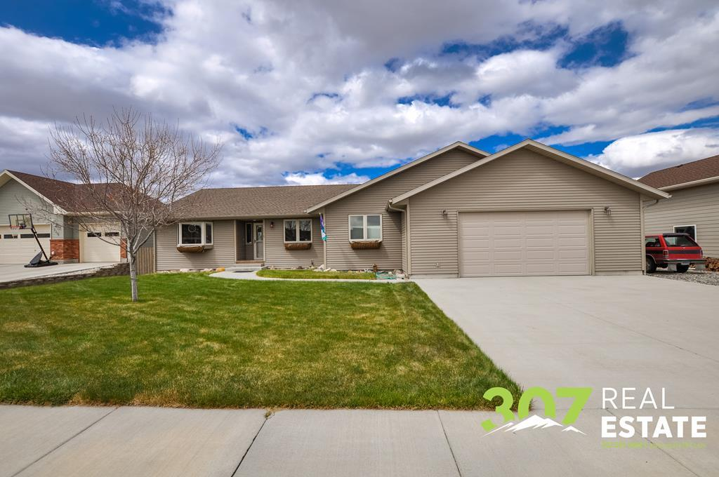 10014469 Cody, WY - Wyoming property for sale