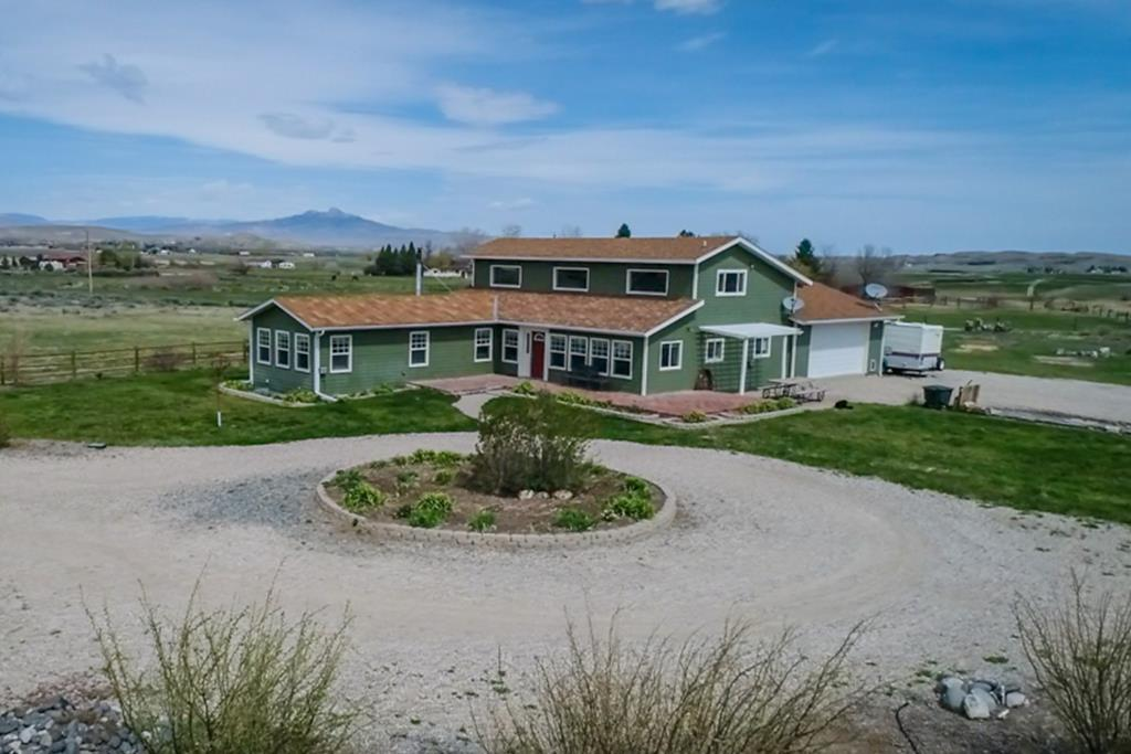 10014512 Cody, WY - Wyoming property for sale