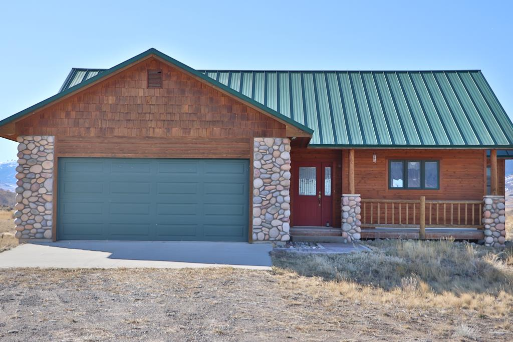 10015111 Cody, WY - Wyoming property for sale