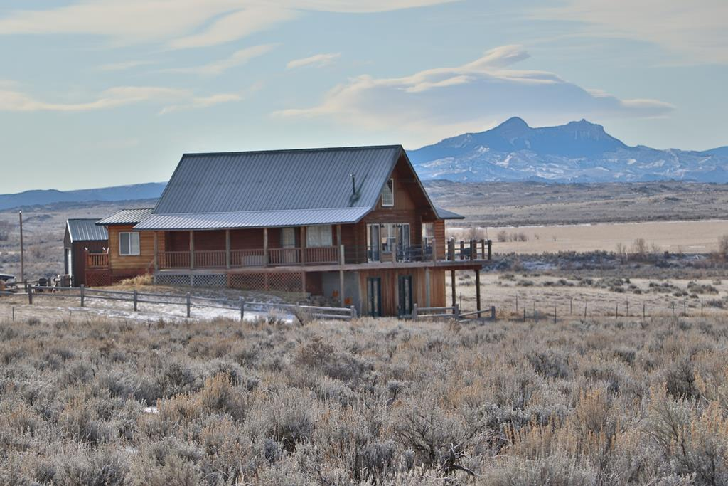 10015167 Clark, WY - Wyoming property for sale