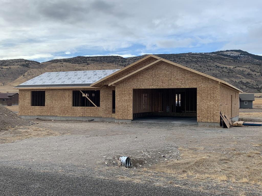 10015172 Cody, WY - Wyoming property for sale