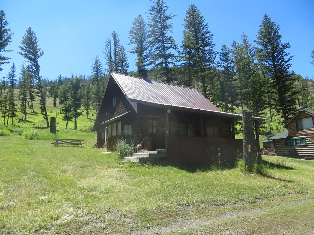10015179 Cody, WY - Wyoming property for sale