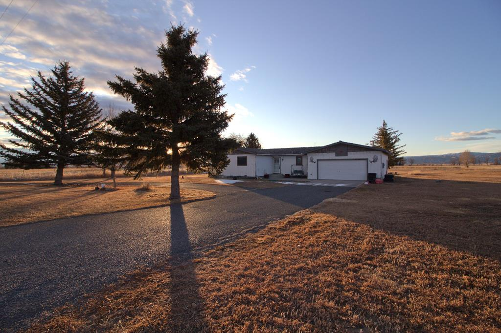 10015185 Powell, WY - Wyoming property for sale
