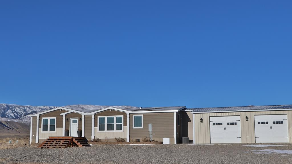 10015213 Clark, WY - Wyoming property for sale