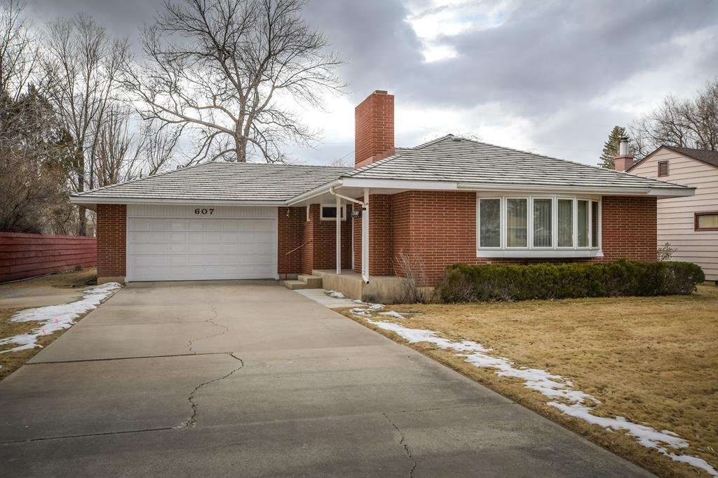 10015224 Cody, WY - Wyoming property for sale