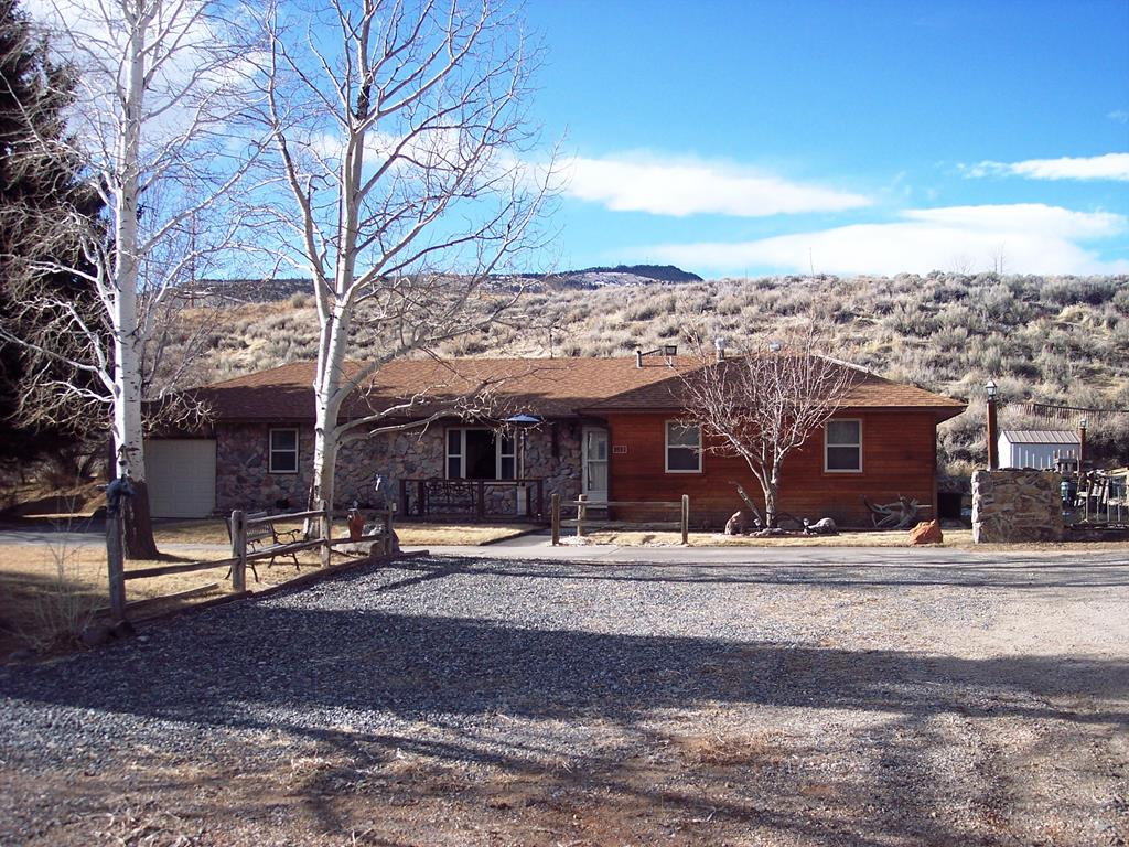 10015233 Cody, WY - Wyoming property for sale