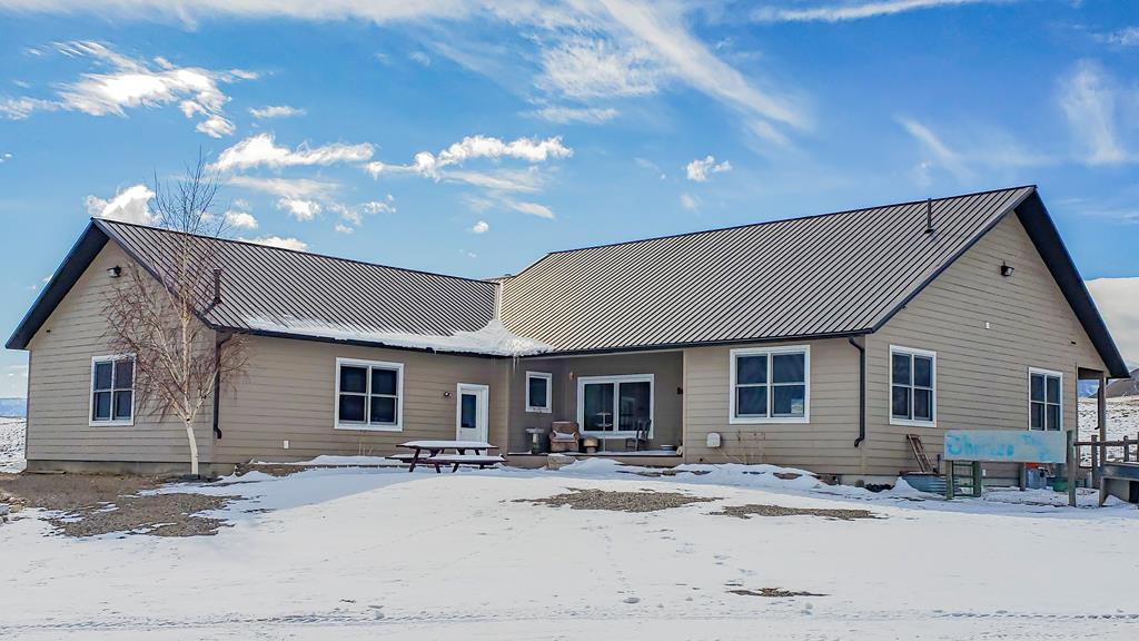 10015301 Clark, WY - Wyoming property for sale