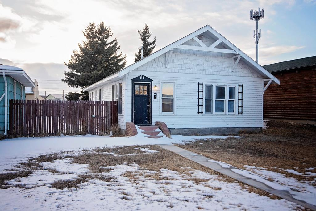10015330 Powell, WY - Wyoming property for sale