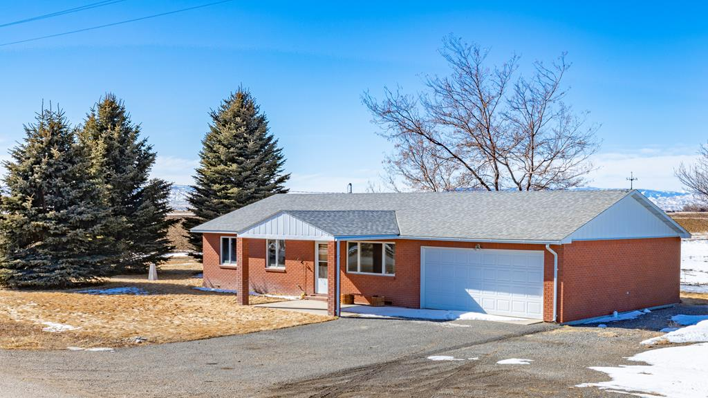 10015364 Powell, WY - Wyoming property for sale