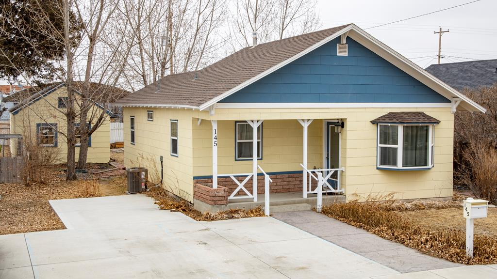 10015378 Powell, WY - Wyoming property for sale