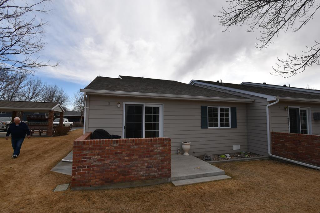 10015427 Powell, WY - Wyoming property for sale