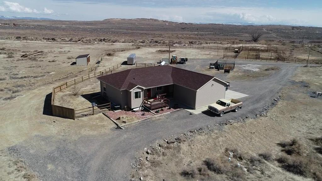 10015437 Powell, WY - Wyoming property for sale