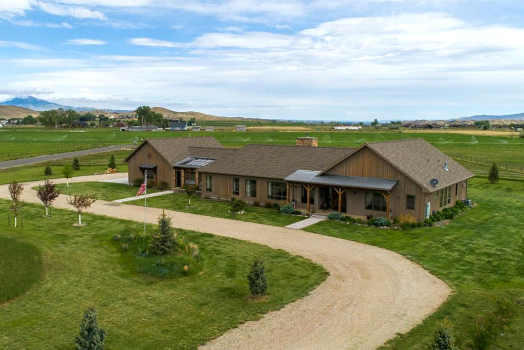 10015438 Cody, WY - Wyoming property for sale