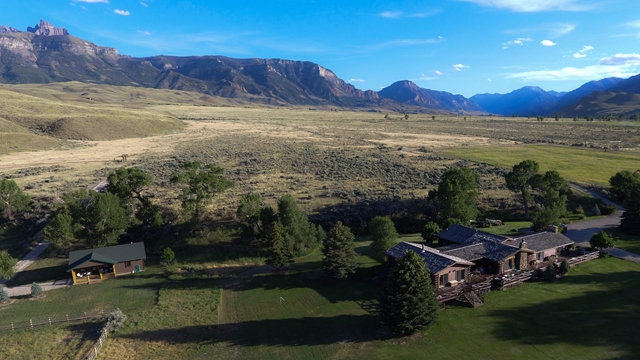 10015448 Cody, WY - Wyoming property for sale