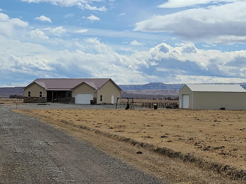 10015512 Powell, WY - Wyoming property for sale