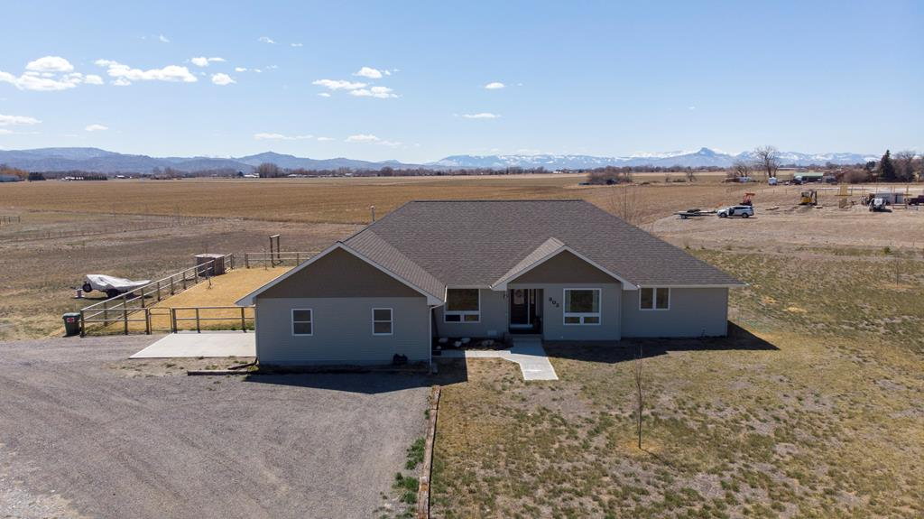 10015528 Powell, WY - Wyoming property for sale