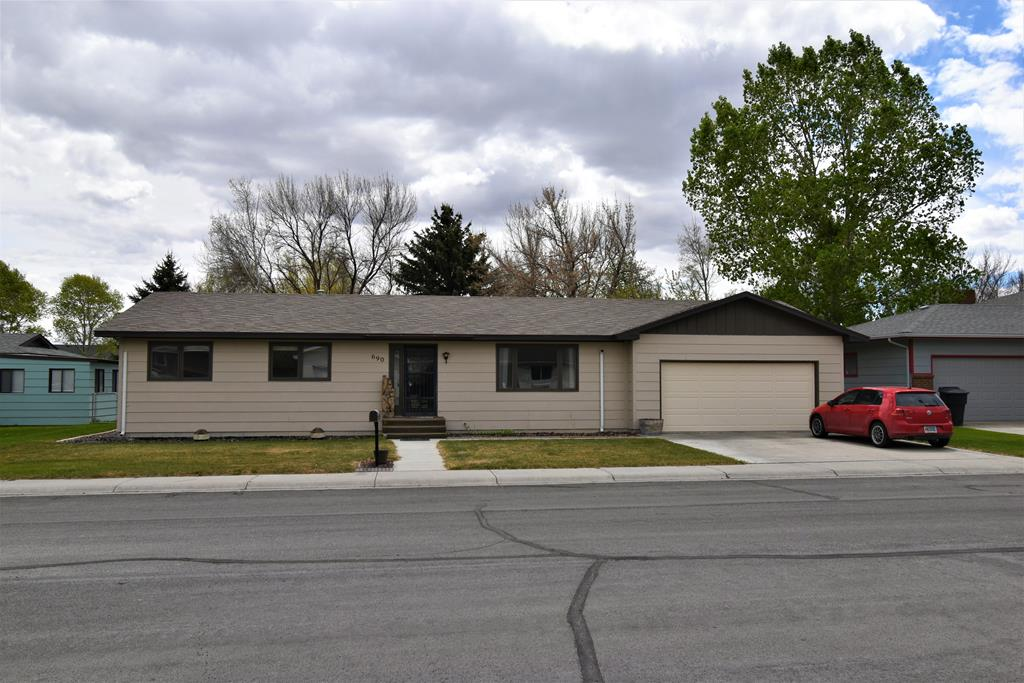 10015624 Powell, WY - Wyoming property for sale