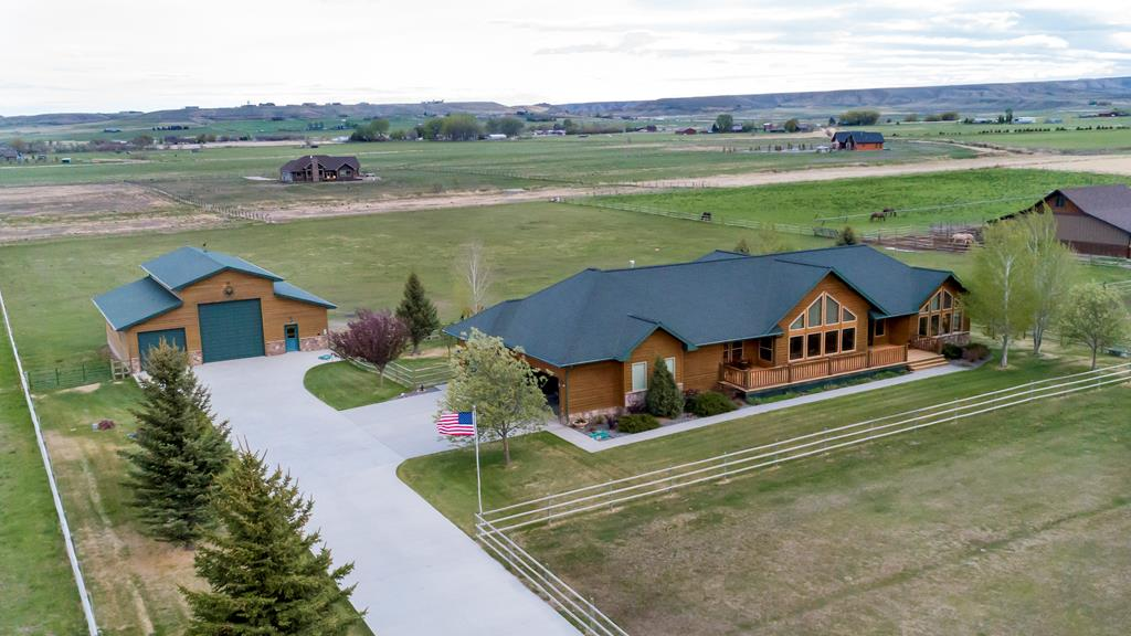 10015644 Cody, WY - Wyoming property for sale