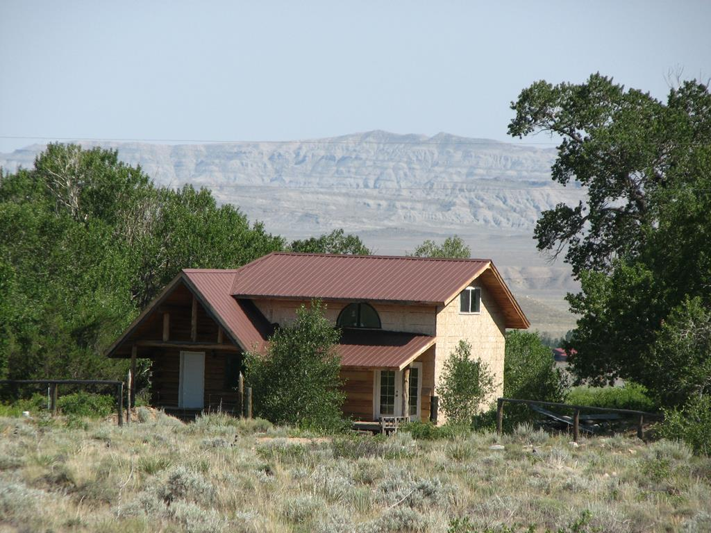 10015886 Clark, WY - Wyoming property for sale