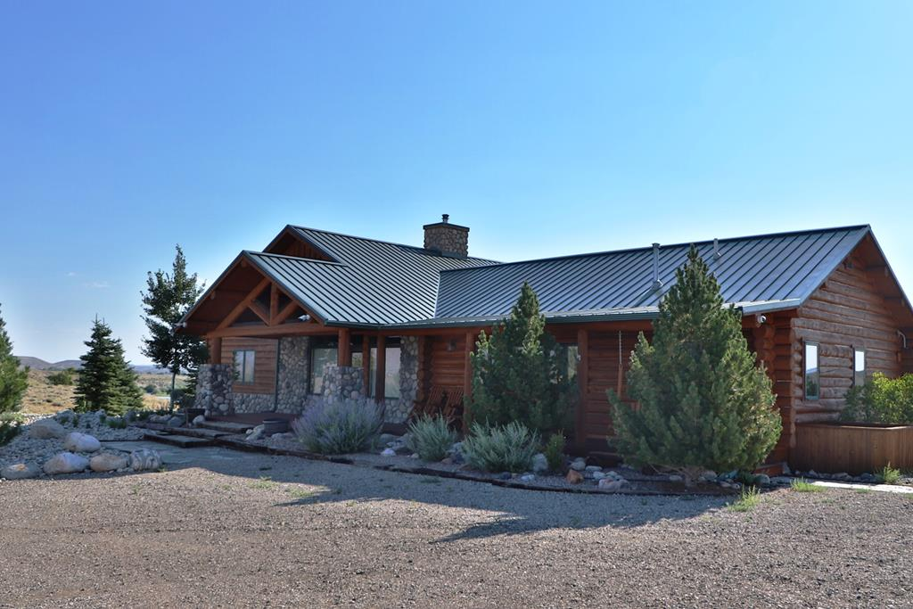 10015901 Clark, WY - Wyoming property for sale