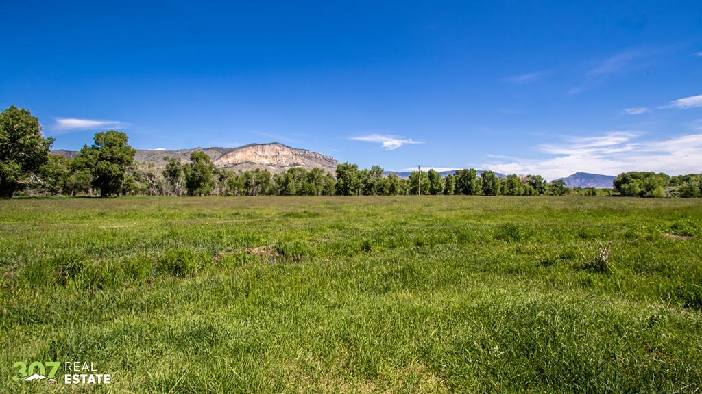 10015918 Cody, WY - Wyoming property for sale