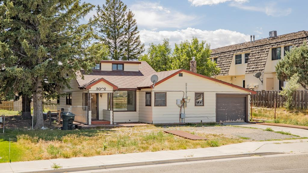 10015924 Cody, WY - Wyoming property for sale