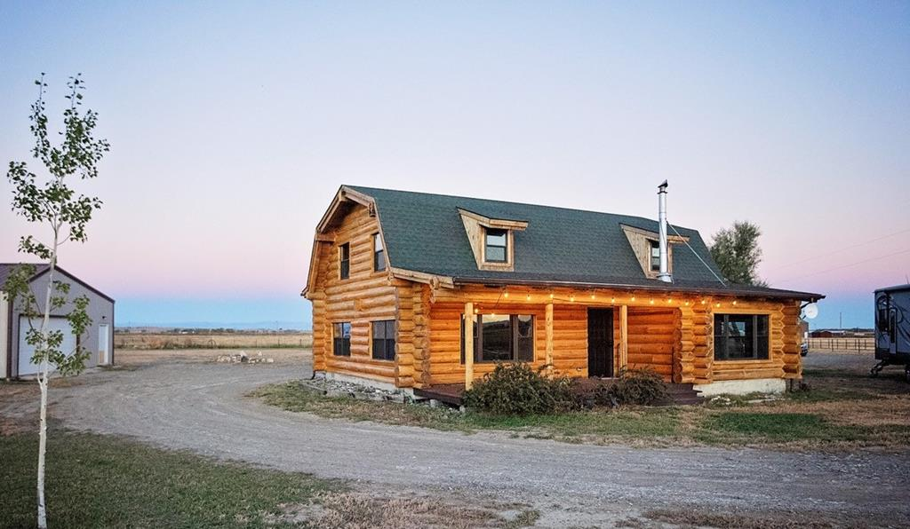 10016098 Powell, WY - Wyoming property for sale