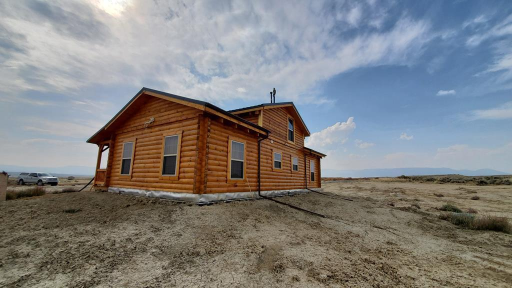 10016111 Clark, WY - Wyoming property for sale