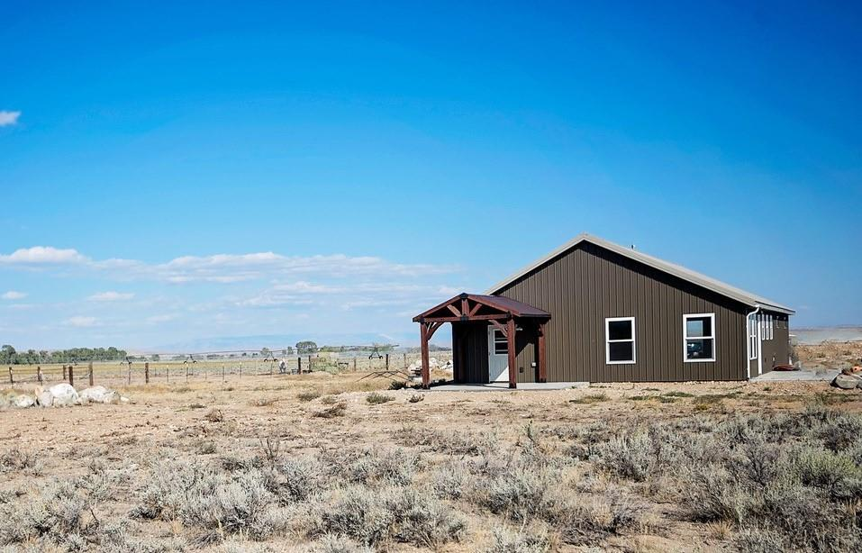 10016140 Clark, WY - Wyoming property for sale