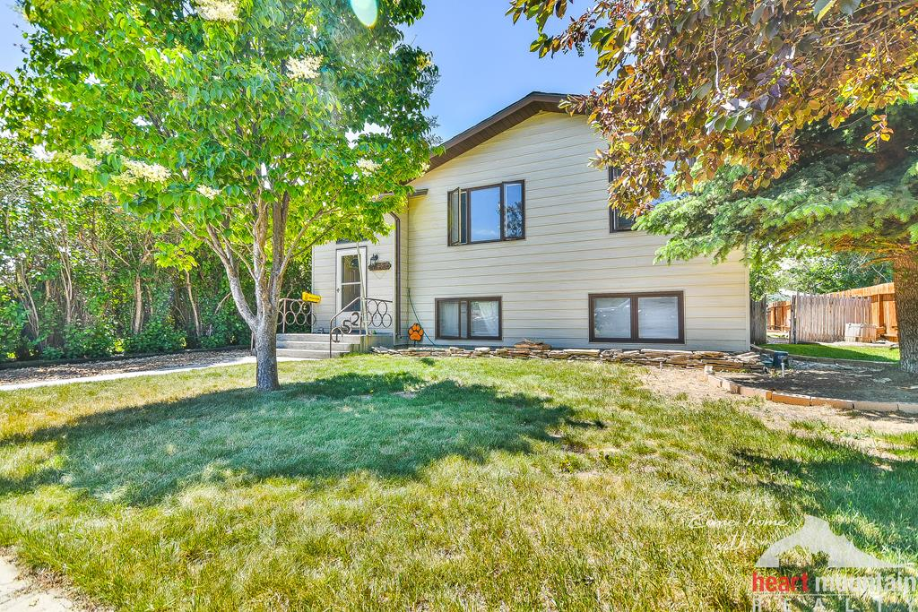 10016169 Powell, WY - Wyoming property for sale