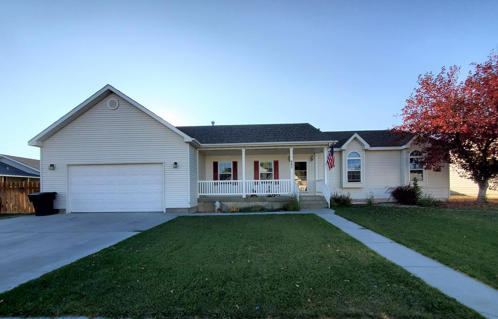 10016173 Powell, WY - Wyoming property for sale