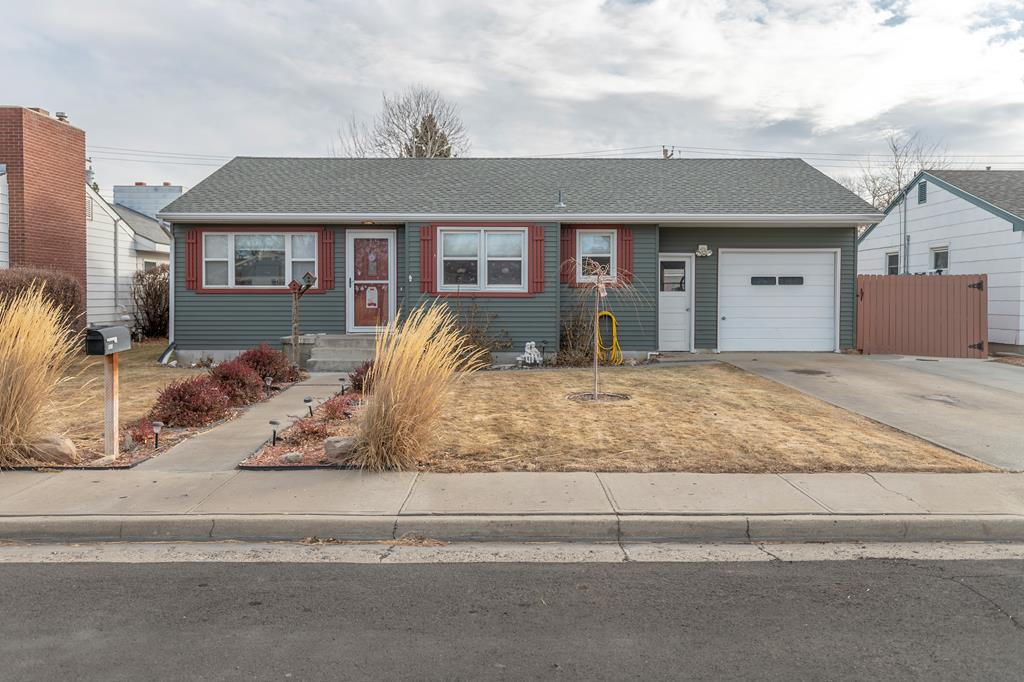 10016443 Powell, WY - Wyoming property for sale