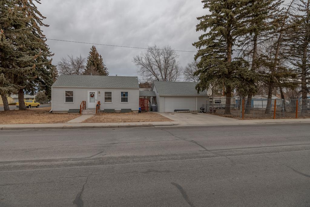 10016462 Powell, WY - Wyoming property for sale