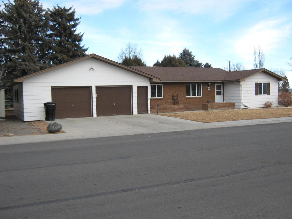 10016491 Powell, WY - Wyoming property for sale