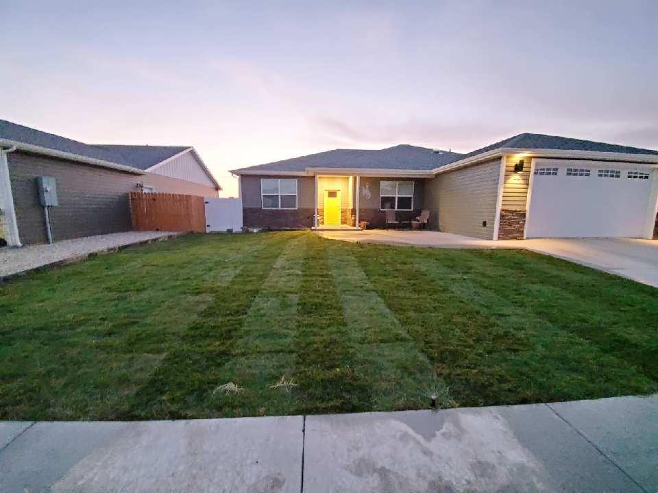 10016517 Powell, WY - Wyoming property for sale